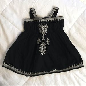 Baby gap black white dress 6-9 mo really cute